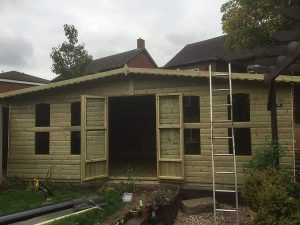 casa de madera para jardin